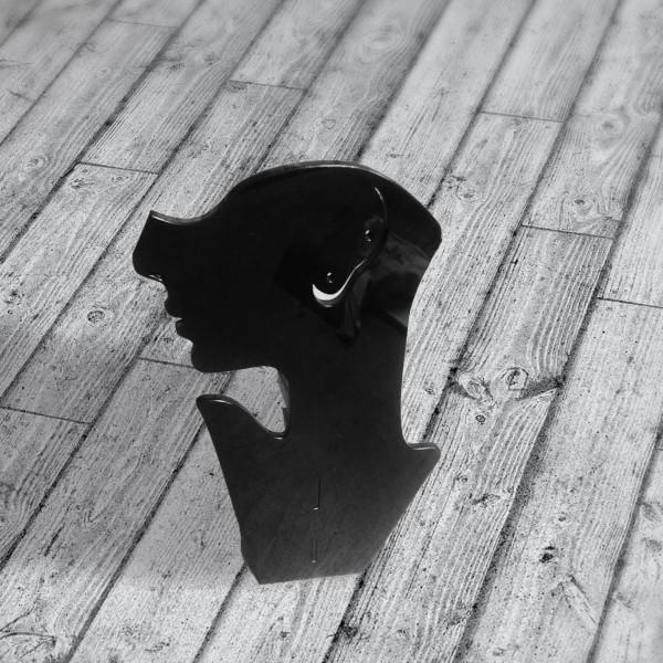Підставка настільна пластикова під сережки та намисто чорна